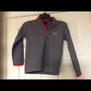 Boy's Under Armour Pullover Size 7. NWT